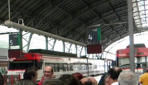 Denuncia sindical por la supresión de trenes en cercanías de Renfe en Bizkaia