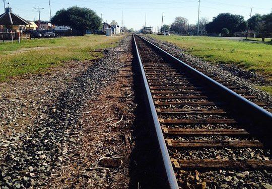 UGT y CCOO Albacete buscan soluciones ante la decisión de ADIF de cerrar la circulación de trenes desde Chinchilla a Murcia